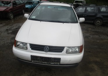 Volkswagen Polo wersja III, 1998r. 1.4, benzyna, hatchback