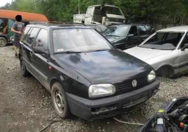 Volkswagen Golf wersja III, 1993r. 1.9, diesel, kombi