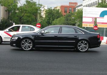 Pokrowce samochodowe Audi A8 D3