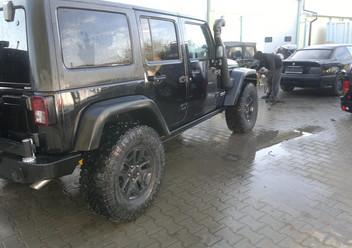 Serwo hamulca Jeep Wrangler JK
