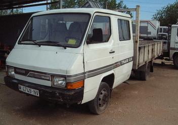 Serwo hamulca Nissan Trade