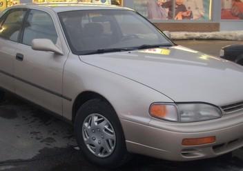 Podręczniki / Literatura / Przeglądy Toyota Camry IV