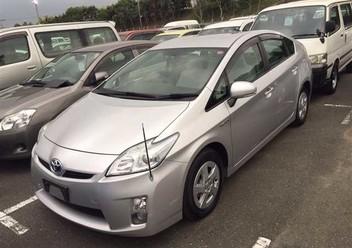 Podręczniki / Literatura / Przeglądy Toyota Prius III